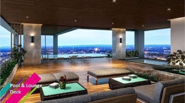 pool lounge &deck